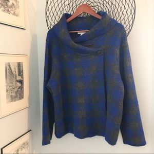 Ellen Tracy really nice soft poncho/sweater